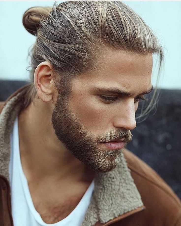 Hot Man Bun peinados para chicos