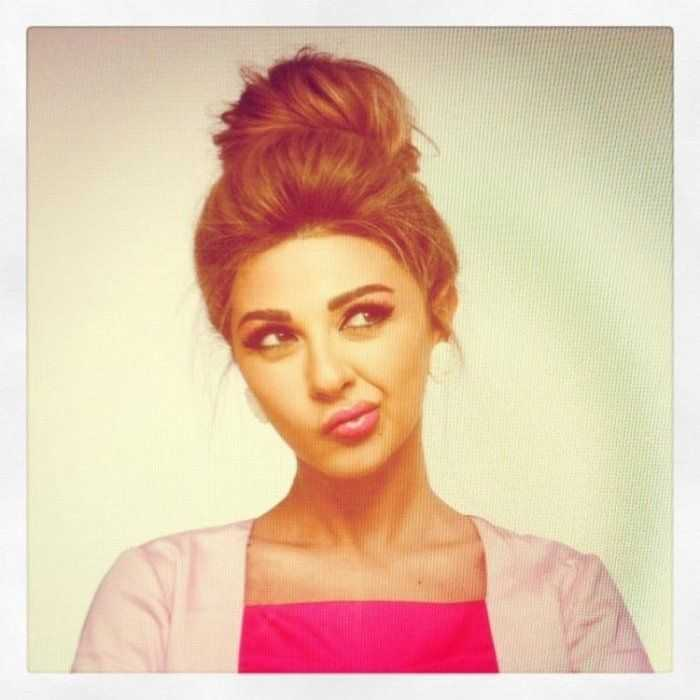 Pretty-Loose-Updo-Hairstyle-for-Long-Hair