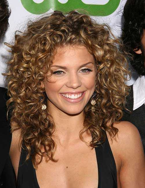 1-naturally-curly-hairstyles